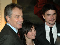 Tony Blair with KT Tunstall and Josh Hartnett at the Global Cool reception. 1 February 2007