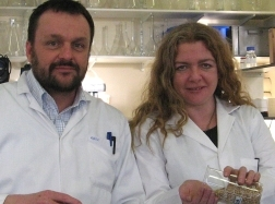 Dr Graeme Paton and Dr Leigh Cassidy of Aberdeen University