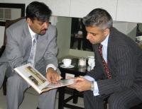 Sadiq Khan meeting the Mayor of Karachi