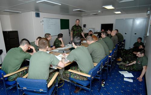 Members of 40 Commando RM deployed on RFA Mounts Bay