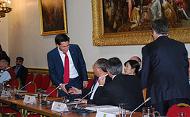 Ed Miliband greets delgates to the Major Economies Forum (Crown Copyright)