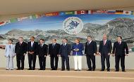 G8 Family photo 2009 (Crown Copyright)