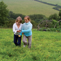 Children enjoying an agricultural landscape during a trip to a farm in Landrake. © Tina Stallard / Natural England