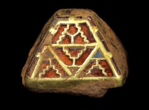 Sword pyramid