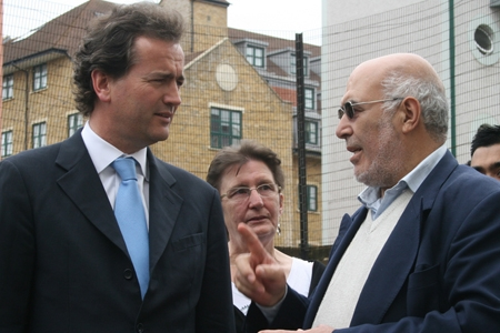 Nick Hurd visiting Church Street market community activists. Crown Copyright.