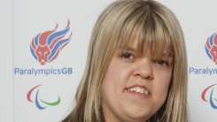 Zoe Newson in ParalympicsGB t-shirt
