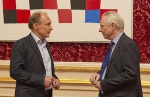 Tim Berners-Lee and Cabinet Office Minister Francis Maude at Open Government Partnership meeting in London