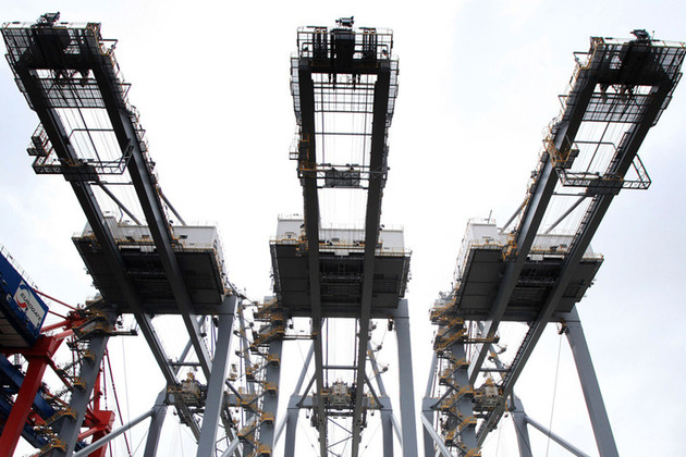 3 cranes. Photo: Gareth Fuller/PA Wire.