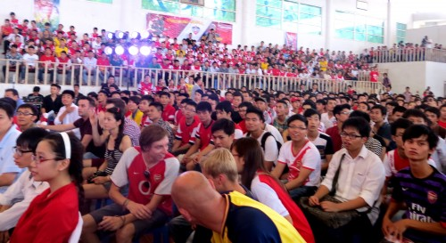 Two thousand Arsenal fans gathered at the big offine event on 14 July 2013