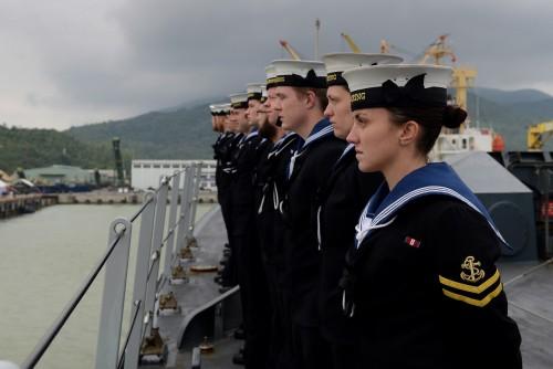 Crew of HMS Daring