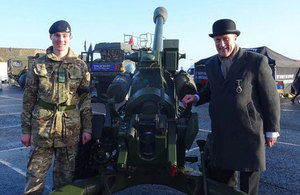 Minister for Reserves visits Northern Ireland.